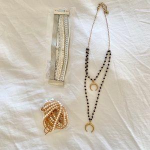 Jewelry - Jewelry trio